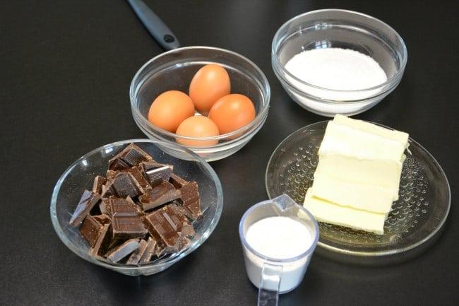 Chokoladekage ingredienser
