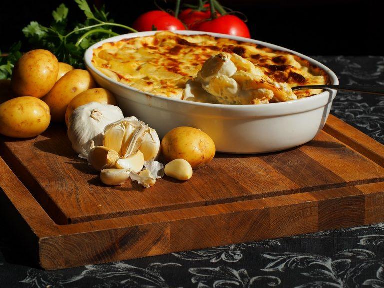gammeldags flødekartofler i ovn