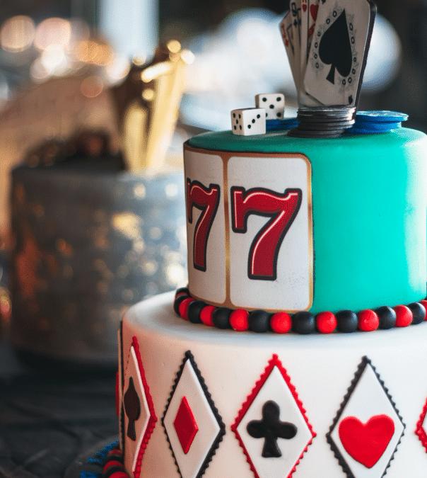 Imponér dine gæster med en casinoinspireret kage