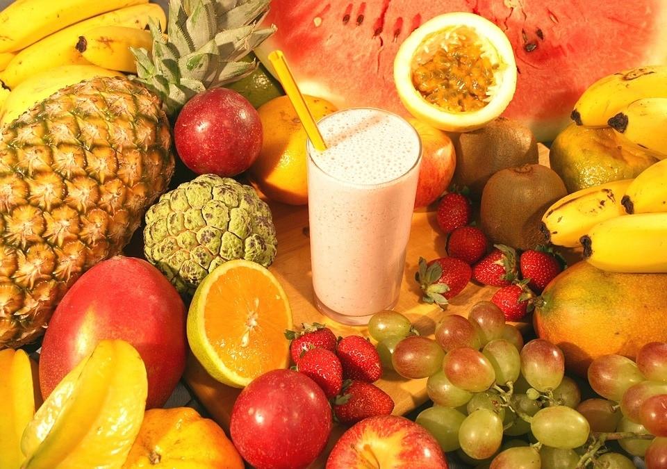 Lave dine egne sunde snacks – for eksempel frugtjuice fra egen frugtpresser